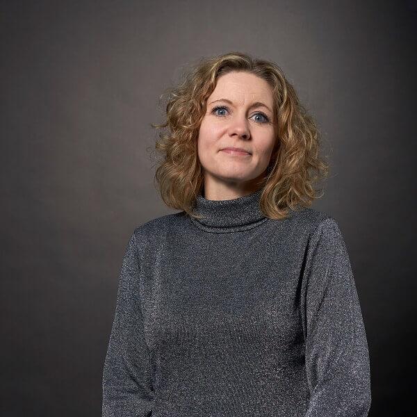 Heidi Bach
